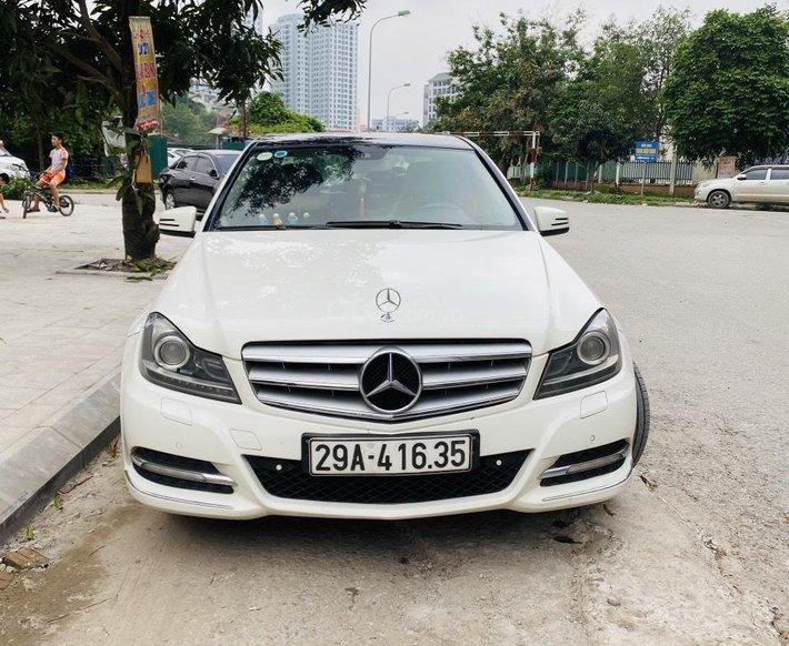 Chính chủ cần bán Mercedes Benz C Class 20113
