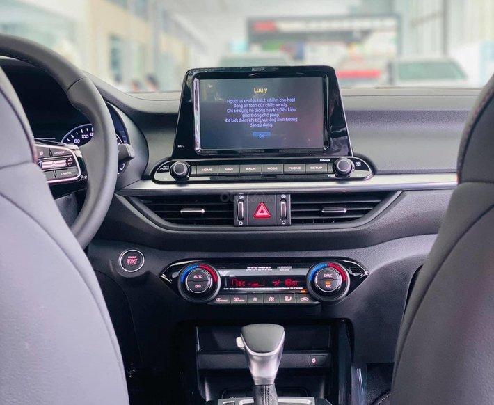 Kia Cerato 2.0 AT Premium - 685tr, ưu đãi5