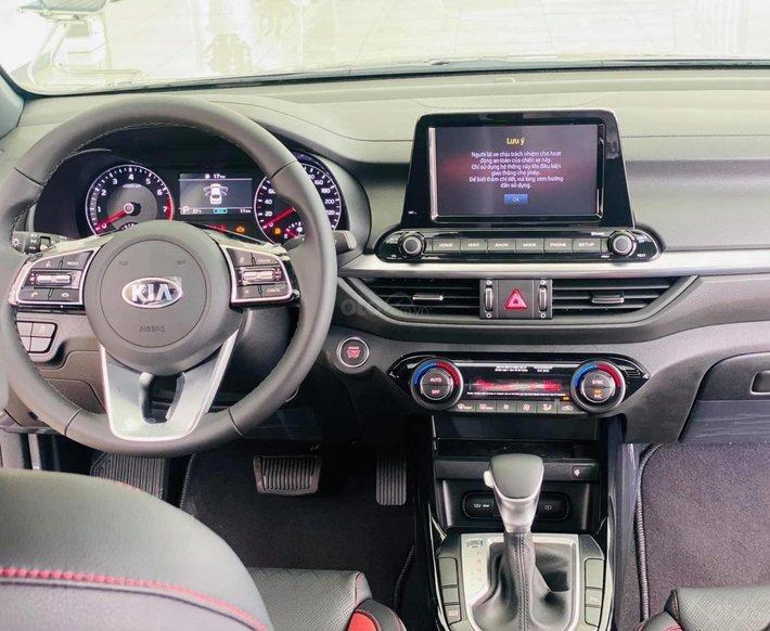 Kia Cerato 2.0 AT Premium - 685tr, ưu đãi6