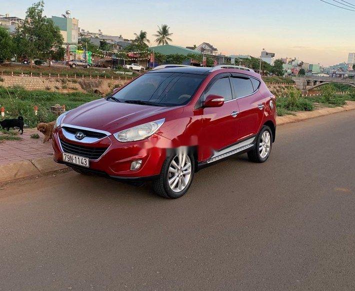 Cần bán xe Hyundai Tucson sản xuất năm 2010, màu đỏ, xe nhập2