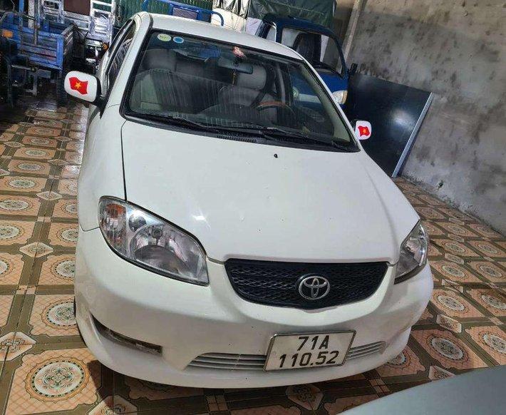 Bán Toyota Vios đời 2005, màu trắng3