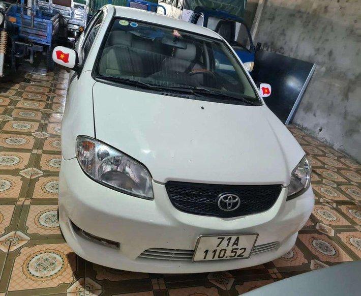 Bán Toyota Vios đời 2005, màu trắng2
