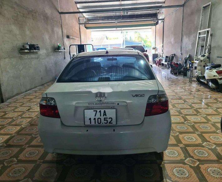 Bán Toyota Vios đời 2005, màu trắng4