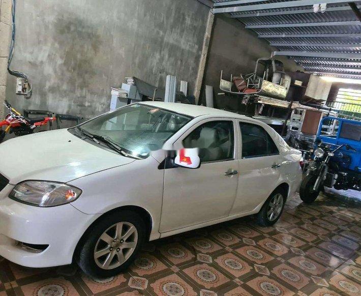 Bán Toyota Vios đời 2005, màu trắng6