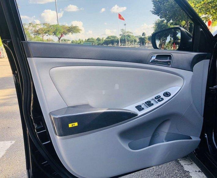 Bán Hyundai Accent sản xuất năm 2012, xe nhập còn mới8