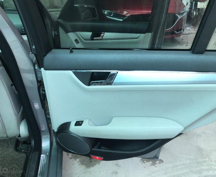 Mercedes Benz C Class 2010 tự động10