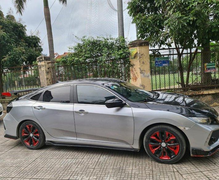 [Trường Huy Auto] xe Honda Civic 1.5 2017 - 690 triệu8