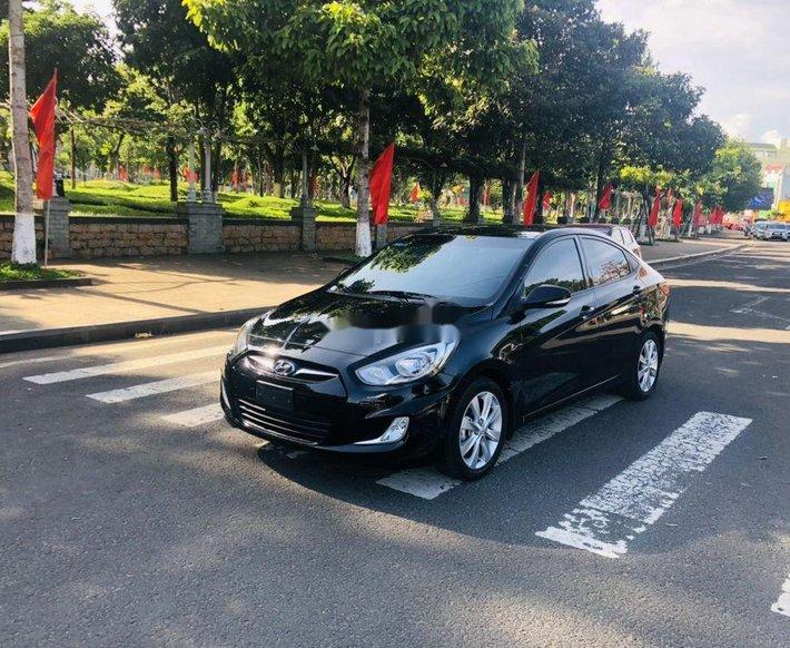 Bán Hyundai Accent sản xuất năm 2012, xe nhập còn mới0