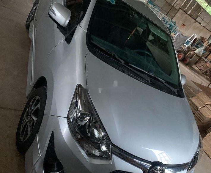 Bán Toyota Wigo đời 2018, màu bạc, nhập khẩu nguyên chiếc số tự động, giá 345tr3