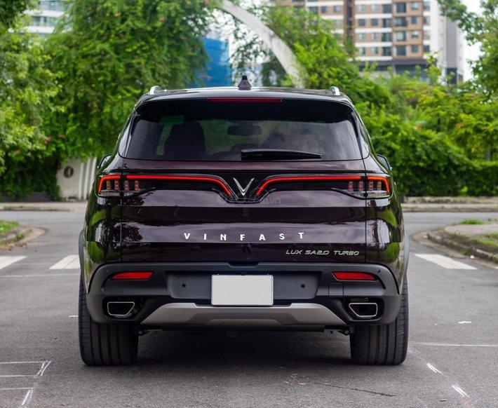Bán xe VinFast LUX SA2.0 sản xuất năm 20212