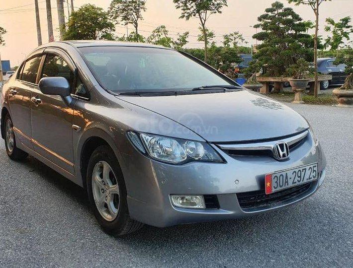 Xe Honda Civic đời 2009, màu xám xe gia đình, giá cả hợp lý1