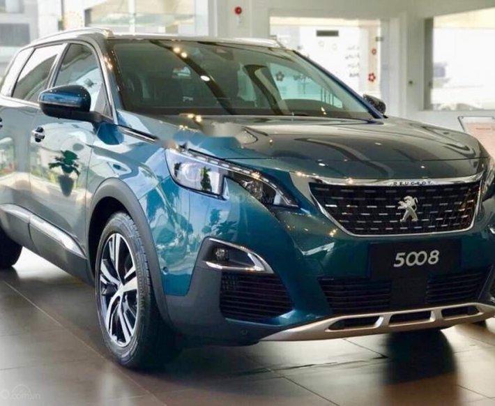 [Peugeot Thanh Xuân] bán Peugeot 5008 tặng 1 năm bảo hiểm thân vỏ trị giá 15 triệu, trả góp 85% hỗ trợ lái thử0