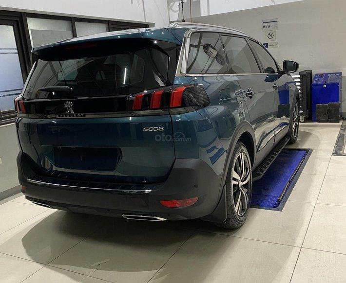 Peugeot Thanh Xuân bán Peugeot 5008 tặng 1 năm bảo hiểm thân vỏ trị giá 15 triệu, trả góp 85% hỗ trợ lái thử5