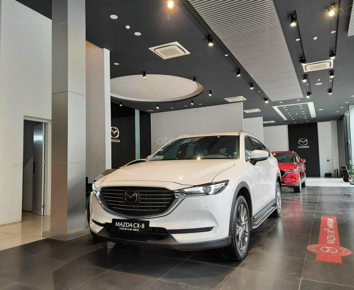 [Mazda Lê Văn Lương] bán xe Mazda CX-8 2 cầu, giảm giá tiền mặt, tặng gói phụ kiện trị giá 35 triệu0