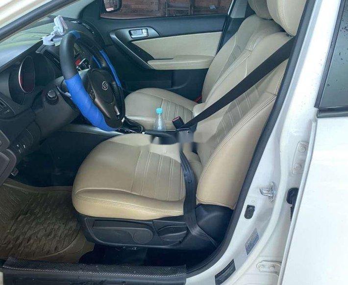 Bán Kia Forte đời 2013, màu trắng, xe nhập chính chủ7