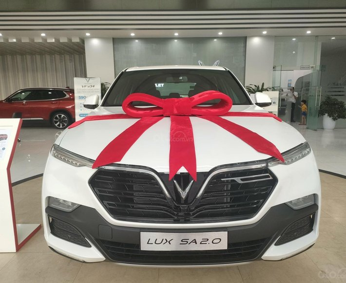 Bán xe Lux SA Base 2021 ưu đãi hấp dẫn0