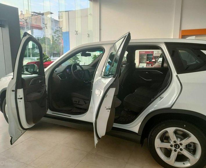 Bán xe Lux SA Base 2021 ưu đãi hấp dẫn2