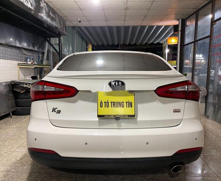 Bán Kia K3 2.0AT sản xuất năm 2014, màu trắng còn mới4