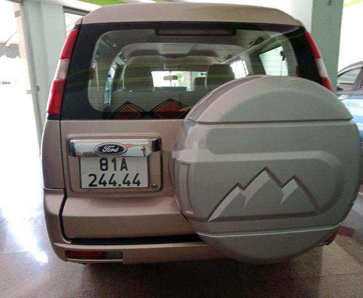 Cần bán lại xe Ford Everest năm sản xuất 2009, xe nhập còn mới3