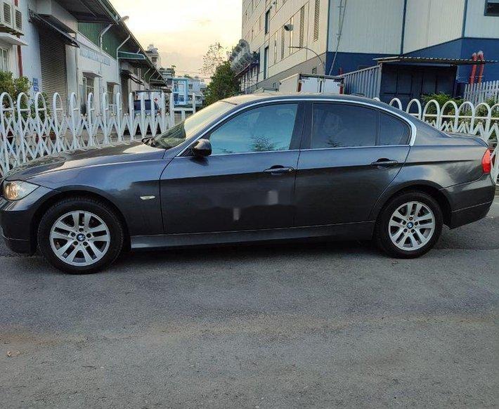 Cần bán xe BMW 320i sản xuất năm 2007, nhập khẩu nguyên chiếc còn mới, 345tr3