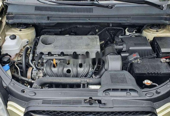 Cần bán Kia Carens đời 2009, màu vàng, nhập khẩu chính chủ, giá tốt9