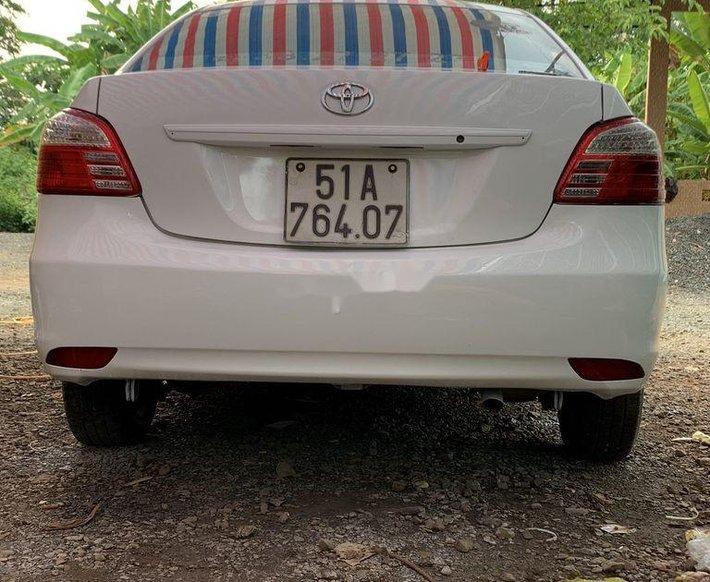 Cần bán gấp Toyota Vios sản xuất năm 20140