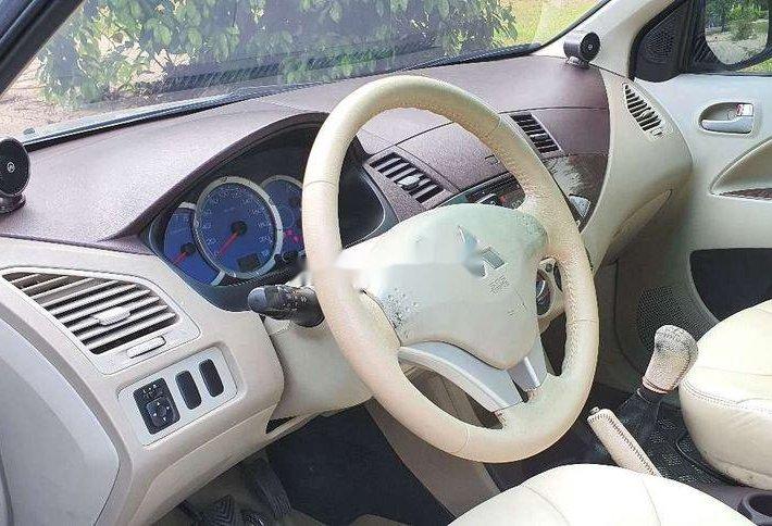 Bán Mitsubishi Zinger đời 2008, màu bạc xe gia đình, giá 242tr3