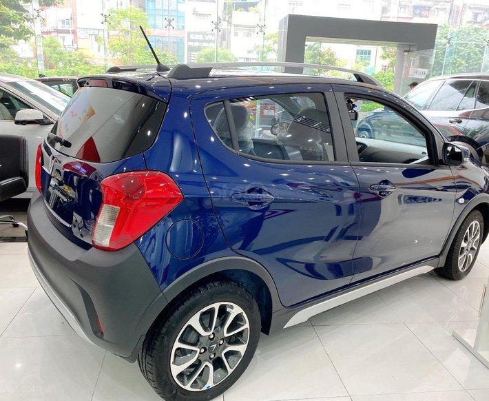 Vinfast Fadil Plus 2021 đủ màu, sẵn xe giao ngay2