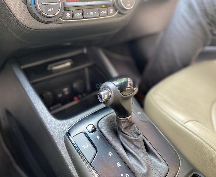 Xe hot Kia Cerato 2.0 AT 2018, 550tr11
