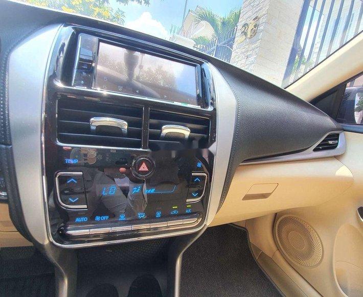 Cần bán xe Toyota Vios 1.5G đời 2020, màu đen còn mới, giá 575tr7