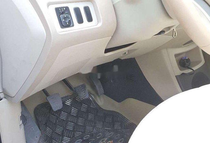 Bán Mitsubishi Zinger đời 2008, màu bạc xe gia đình, giá 242tr2