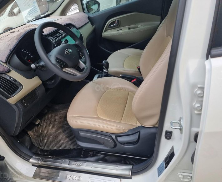 Cần bán lại xe Kia Rio 1.4 MT sản xuất 20166