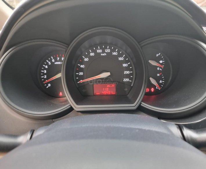 Cần bán lại xe Kia Rio 1.4 MT sản xuất 201611
