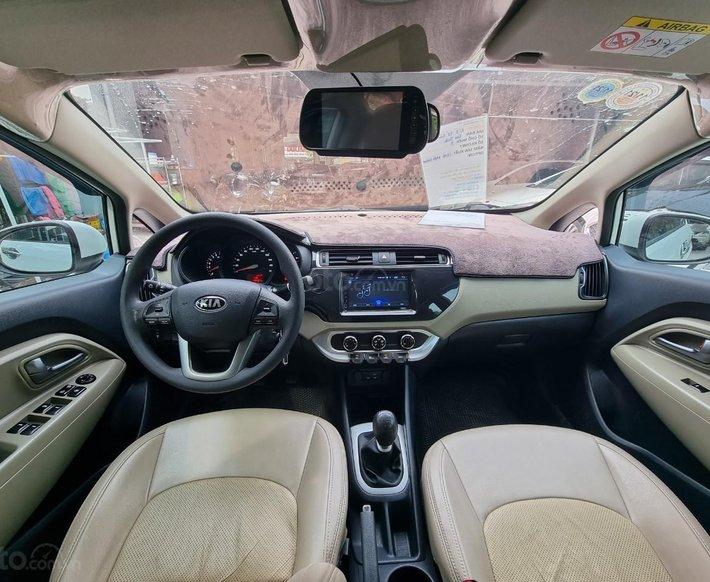 Cần bán lại xe Kia Rio 1.4 MT sản xuất 20168