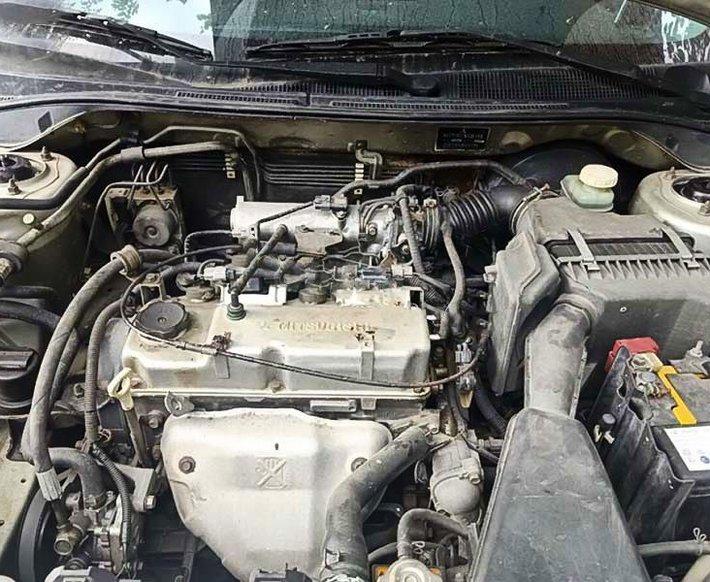 Cần bán lại xe Mitsubishi Lancer năm 2004, giá 182tr2