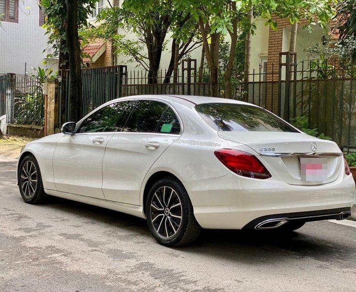 Bán xe Mercedes-Benz C200 siêu lướt, sản xuất năm 2018, giá tốt, liên hệ nhanh11