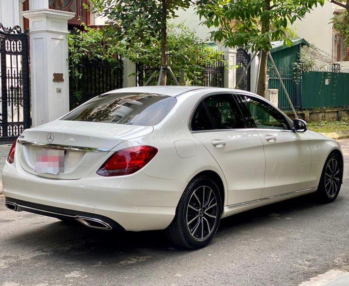 Bán xe Mercedes-Benz C200 siêu lướt, sản xuất năm 2018, giá tốt, liên hệ nhanh13