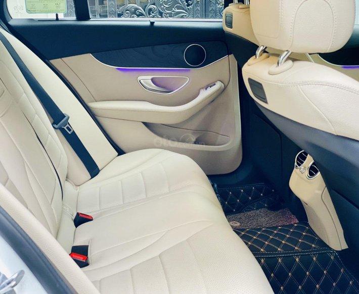 Bán xe Mercedes-Benz C200 siêu lướt, sản xuất năm 2018, giá tốt, liên hệ nhanh10