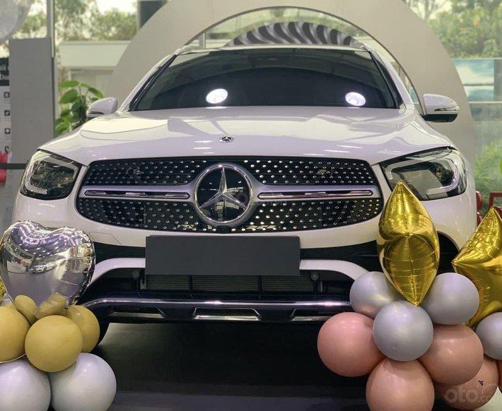 Bán Mercedes-Benz GLC 300 2021 năm sản xuất 2021, giá tốt nhất tháng 05, đủ màu, giao ngay0
