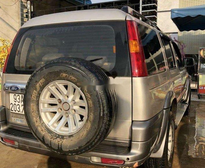 Cần bán xe Ford Everest sản xuất năm 2006, nhập khẩu, 225 triệu5