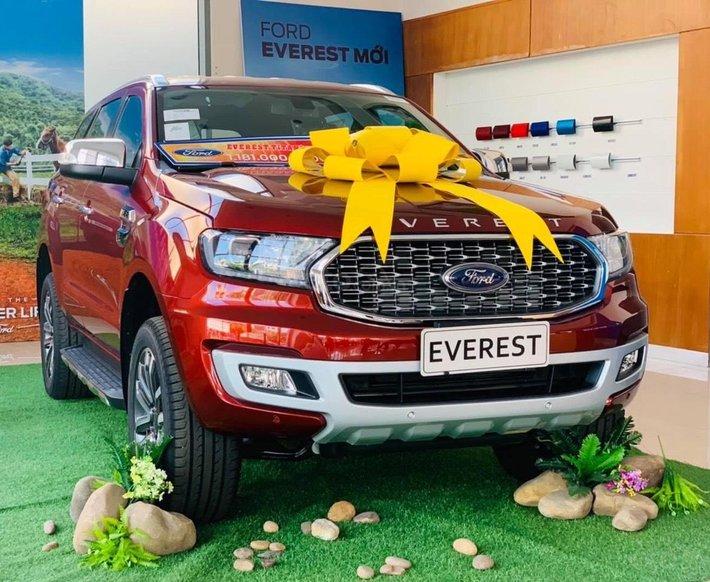 Ford Everest 2021 đủ màu - hỗ trợ thuế trước bạ, giảm giá trực tiếp bằng tiền mặt kèm gói phụ kiện chính hãng hấp dẫn0