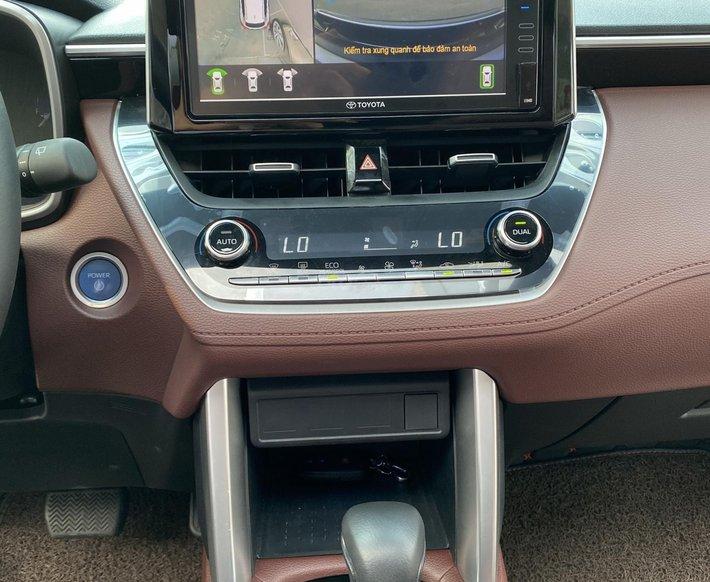 Toyota Corolla Cross 2020, xe mới đi 5,600 km - LH giá tốt8