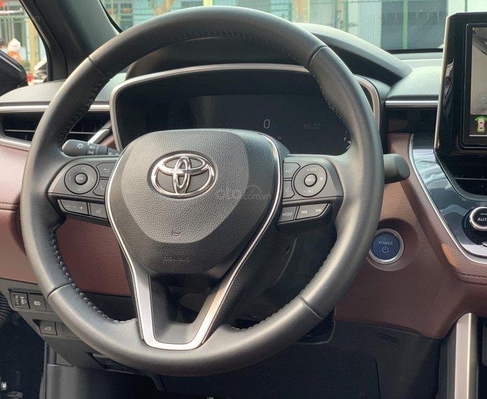 Toyota Corolla Cross 2020, xe mới đi 5,600 km - LH giá tốt9