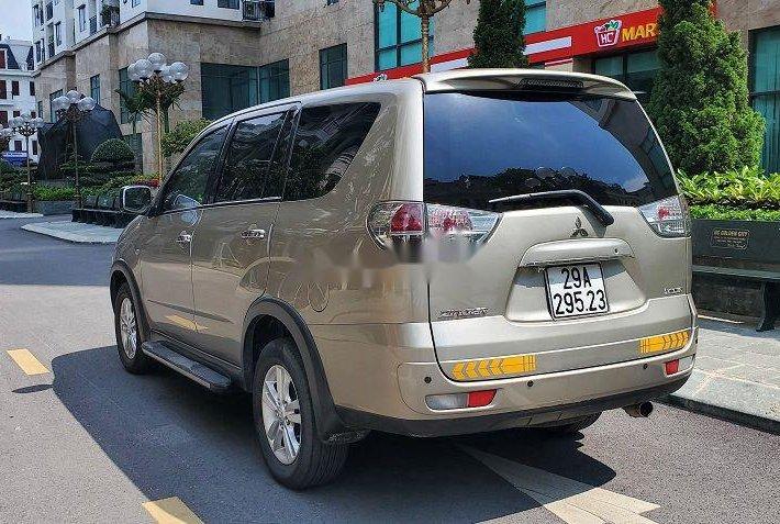 Bán Mitsubishi Zinger đời 2011, màu vàng còn mới4