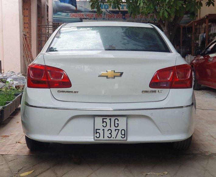 Bán Chevrolet Cruze năm 2017, màu trắng4
