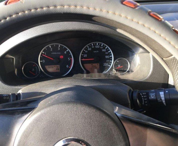 Bán Nissan Navara đời 2013, màu xám, nhập khẩu còn mới5