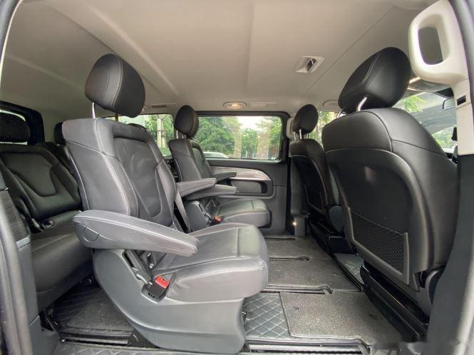 Xe Mercedes V Class sản xuất 2019, màu đen, giá tốt5