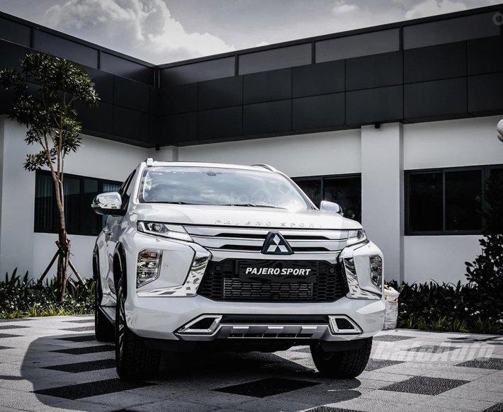 Cần bán xe Mitsubishi Pajero Sport đời 2021, màu trắng, nhập khẩu nguyên chiếc0