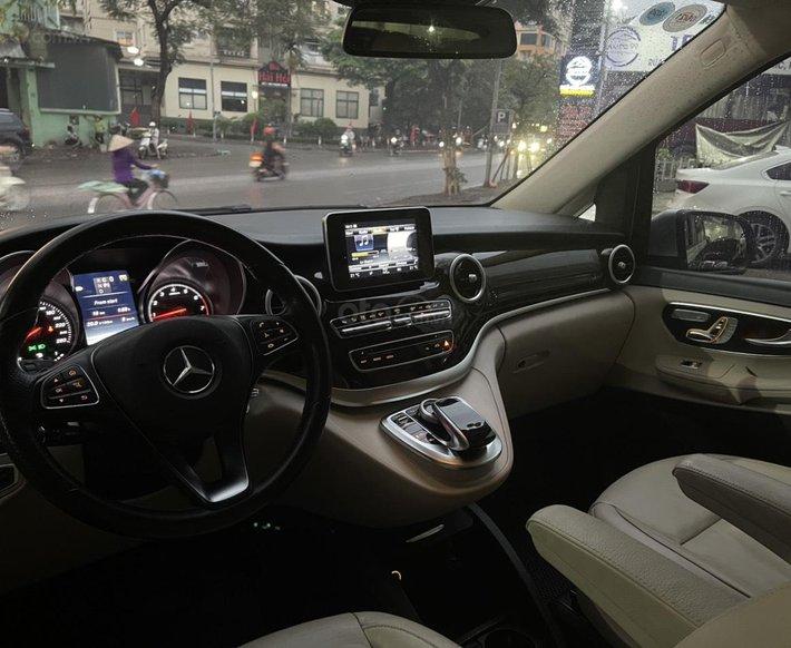 Bán ô tô Mercedes V250 năm sản xuất 20174