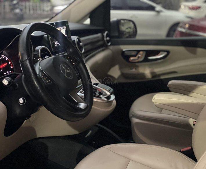 Bán ô tô Mercedes V250 năm sản xuất 201710